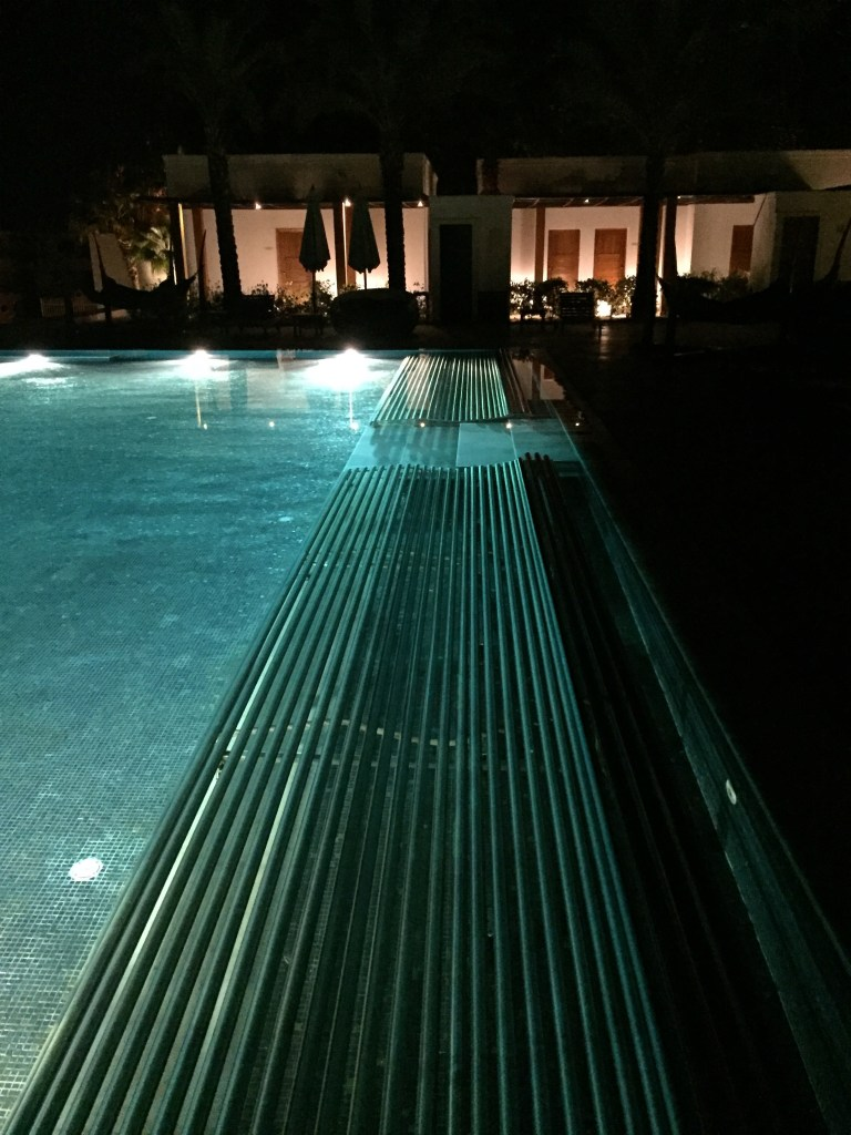 Hilton Luxor Infinity Pool