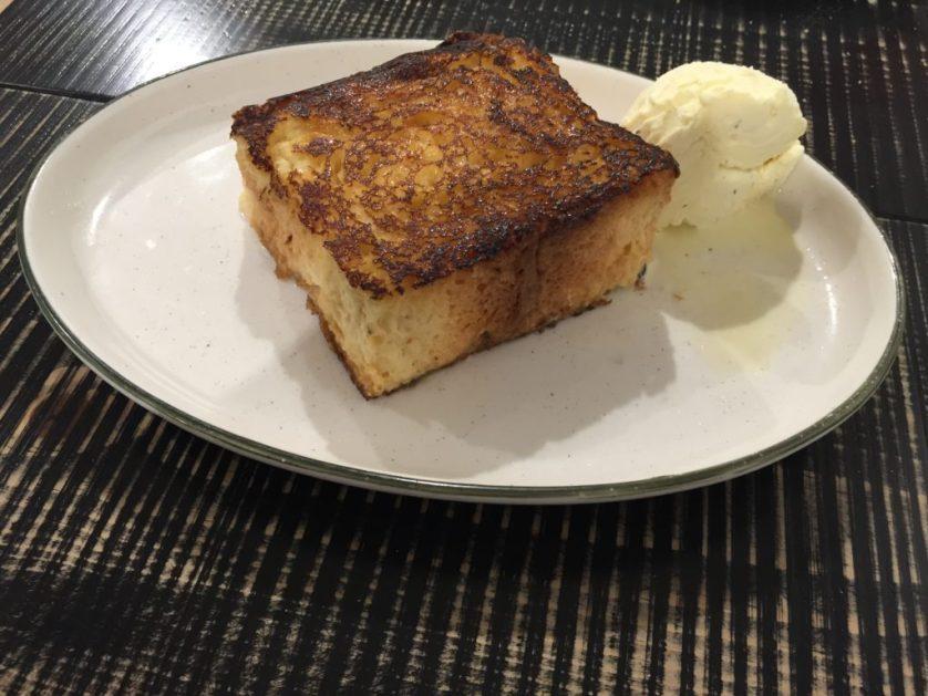 Bread stuffed with cream, and ice cream