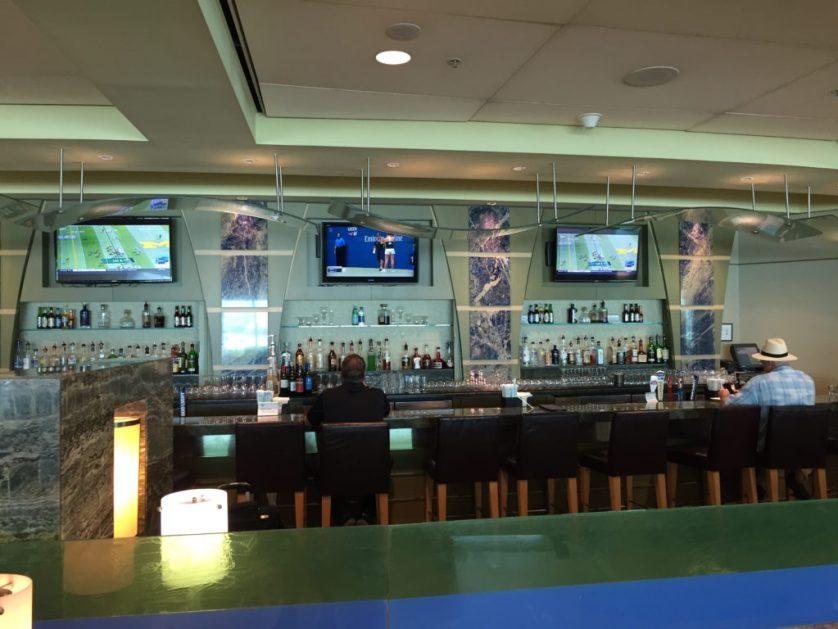 Miami Admiral's club Bar