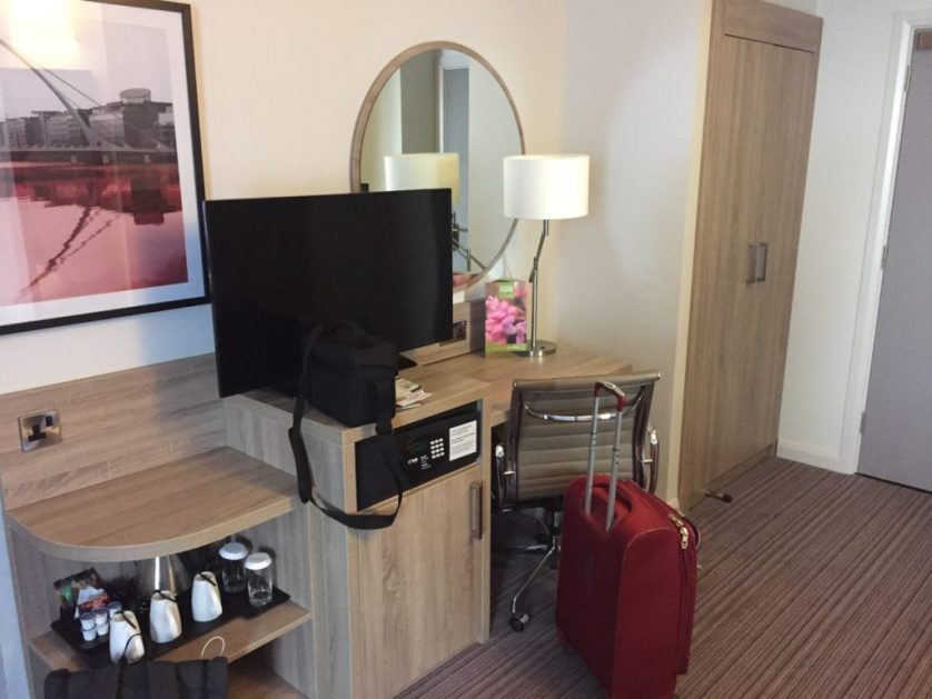 In Room TV/Coffee/Desk