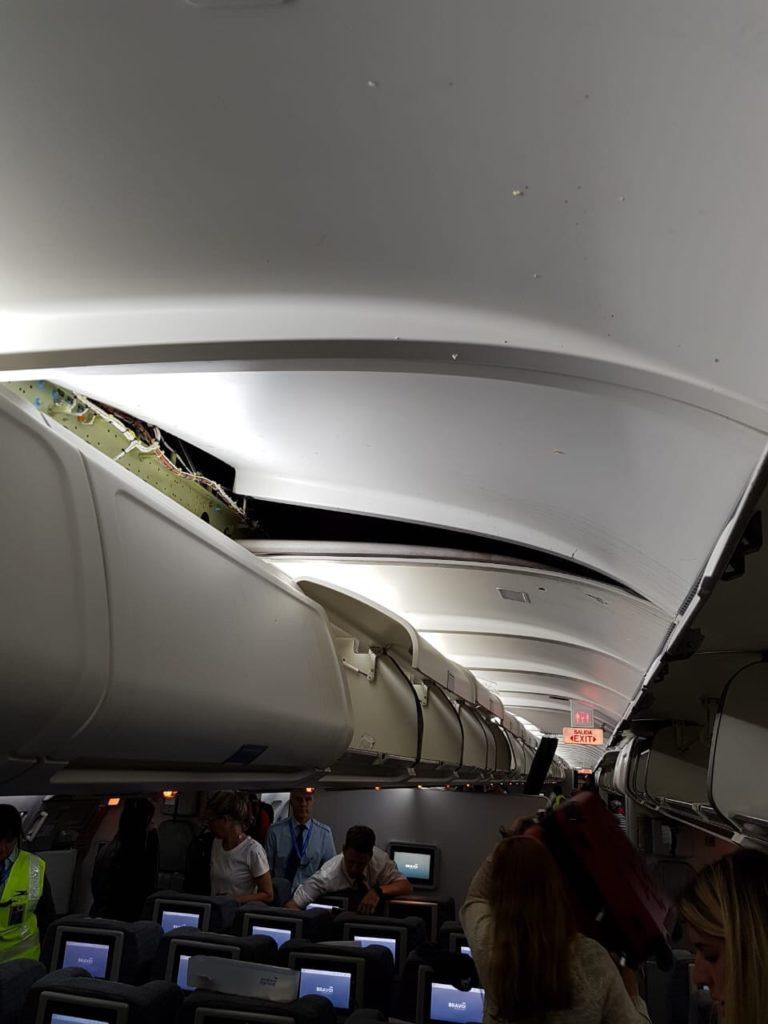 Turbulence Aboard AR1303 from @HANGARX on Twitter