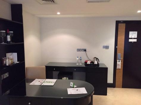 Holiday Inn Barsha Work Desk