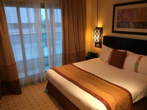 Holiday Inn Barsha King Bed