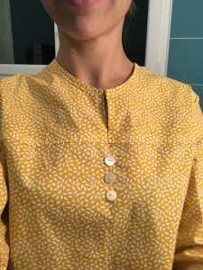 nom d'une couture chemise jaune burda couture facile automne hiver 2015 2016 boutonniere