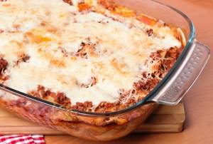 Lasagna-Pan-with-Ease-of-Handling