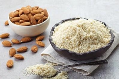 Combine-almond-flour