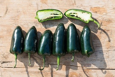 Cut-the-jalapeno-in-half