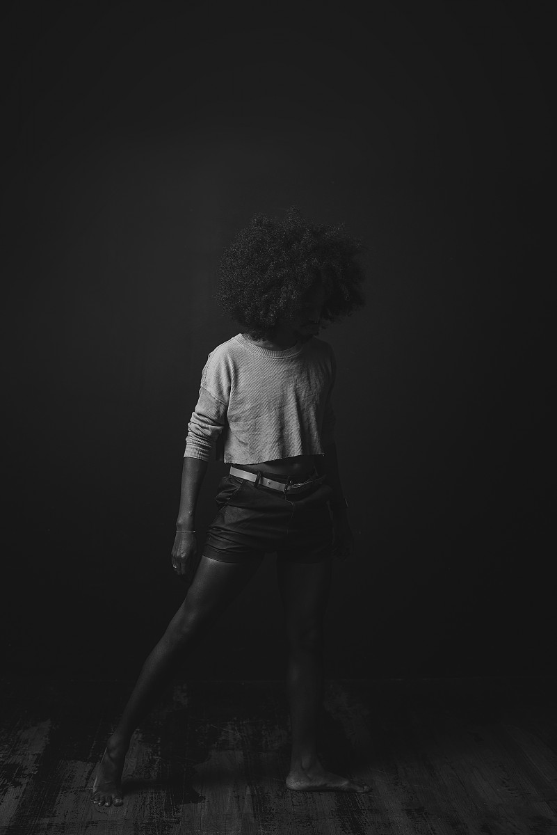 Flexcii Sundarii Otis dancer in studio black and white photo