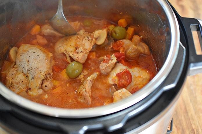 Pressure Cooker Summer Italian Chicken