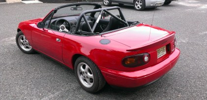 Convertible-Mazda-Miata-Track-Car-Rollbar