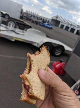 trackday-sandwich-lunch-pbj
