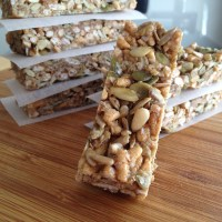 Quinoa Snack Bars with Nuts & Seeds