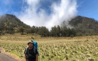 Mendaki dan Menyelami Kisah Gunung Lawu (1):Menikmati Sabana Gupak Menjangan