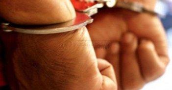 Toko Ponsel Dibobol Maling, Rp 9 Juta RaibSeorang Pria Ditangkap Polisi Saat Anaknya Lahir Modus Beli Beras, Maling Ponsel Dihajar Massa