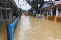 Hujan Deras, Banjir Rendam Rumah di Batu Ampar