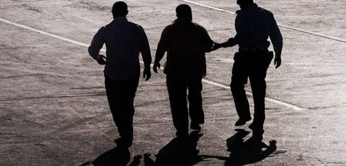 2 Buronan Polda Kalsel Kabur ke Kaltim, Polisi Sempat Beri Tembakan Peringatan