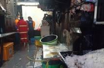 Diawali Bunyi Ledakan, Rumah Makan H Ijay di Samarinda Terbakar