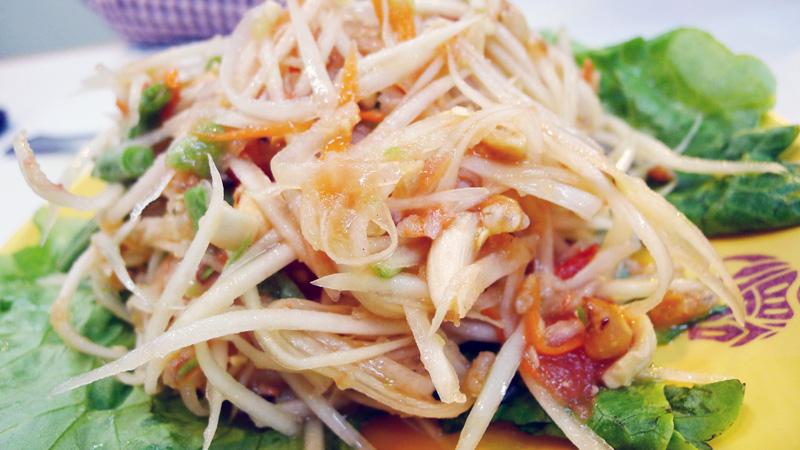 Mini Bangkok Kowloon Hong Kong Nomss.com Delicious Food Photography Healthy Travel Lifestyle