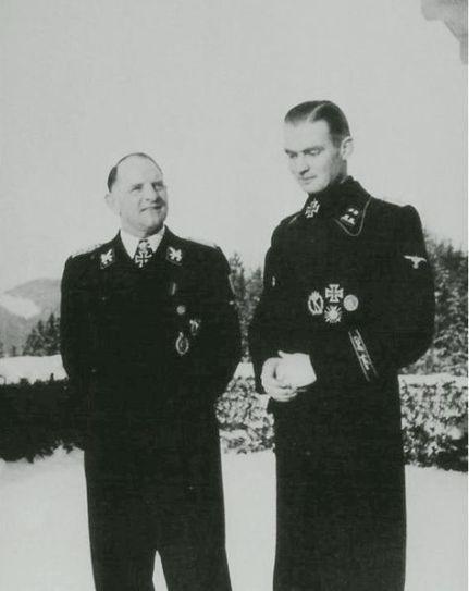 Max bersama Sepp Dietrich