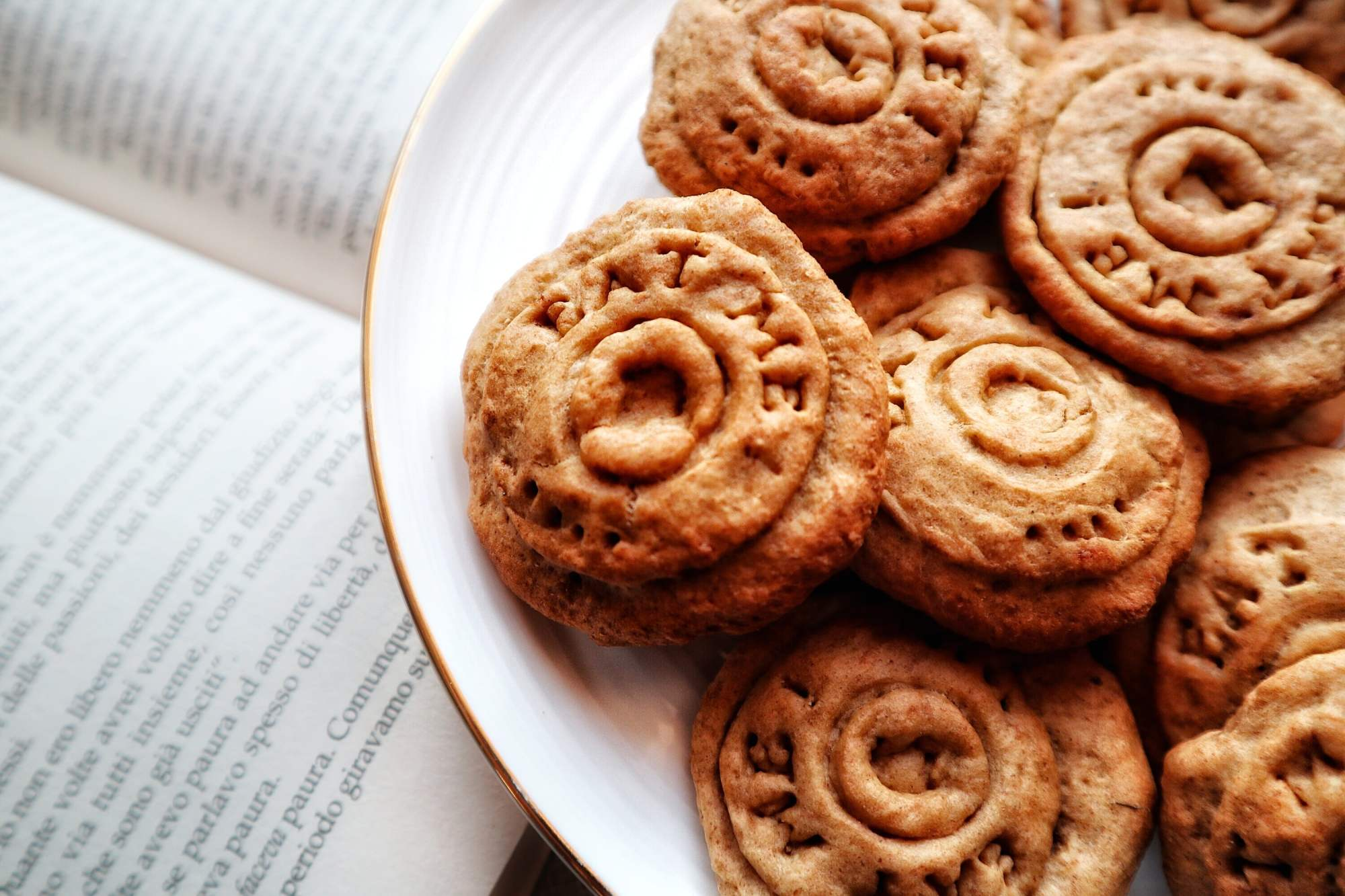 Dolci allo zenzero, mela, mango e ortica: Ingredienti - Non Chiamatela Dieta