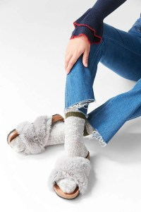 Urban Outfitter gifts under $25 all bloggers will love. Crossed faux fur slide slippers