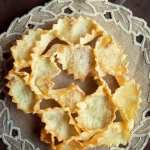 Italian cookies - This Italian cookie, called 'frappe' is beautiful to present and super light and delicious to eat!