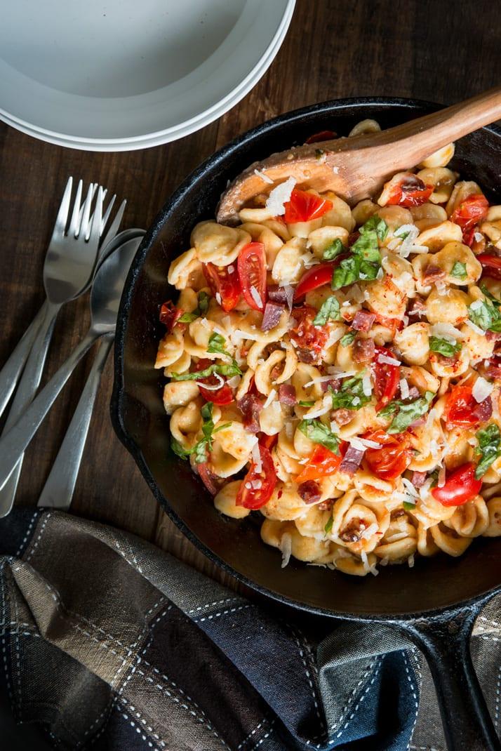 tomato-and-salami-pasta-dish recipe