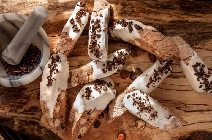italian-biscotti-with-espresso_hazelnuts_nutella-and-white-chocolate