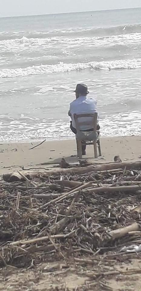 Fase 2, nonno Pasquale torna a vedere il mare a 93 anni