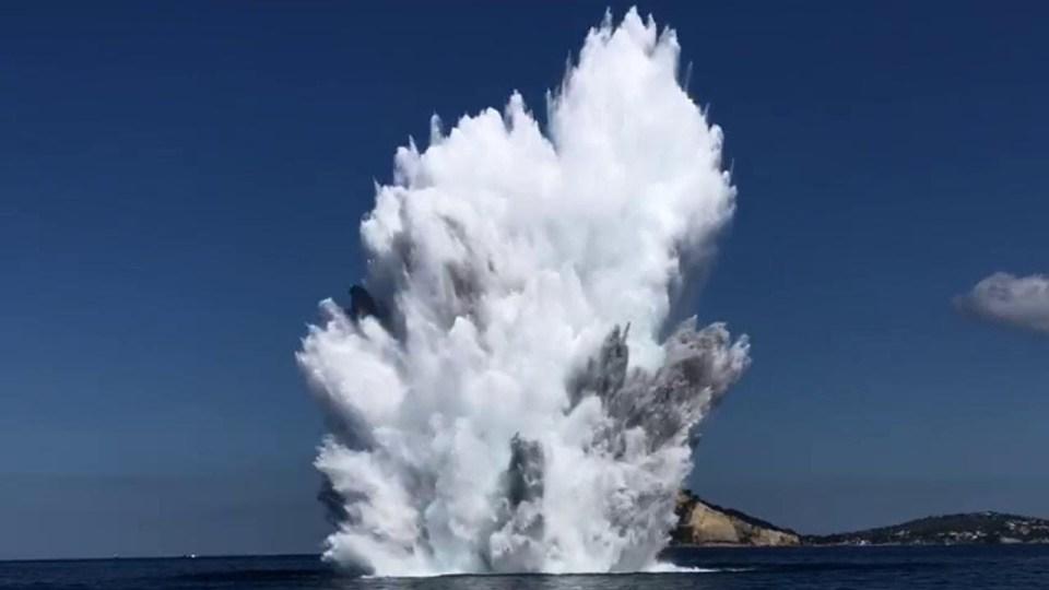 Palombari della Marina Militare in azione per la sicurezza in mare