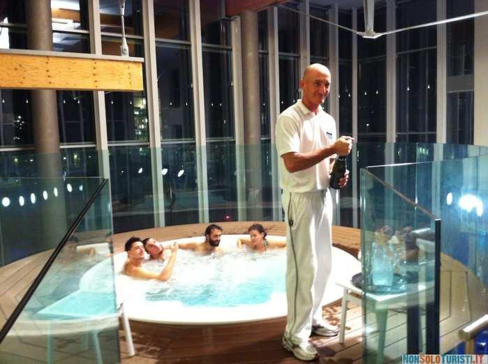 La jacuzzi dell'hotel Aqualux