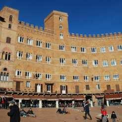 Piazza del Campo, dove si svolge il celebre Palio di Siena.