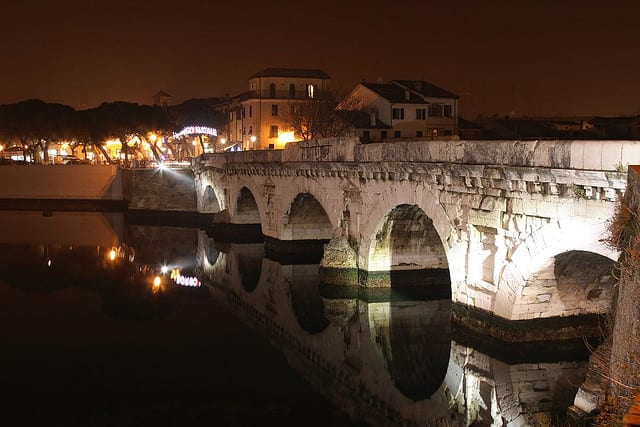 Rimini_ponteTiberio_mastro01