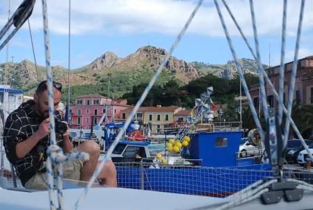In barca a vela attorno all'Isola d'Elba