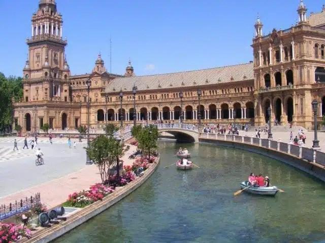 Plaza de Espana, la piazza più famosa di Siviglia