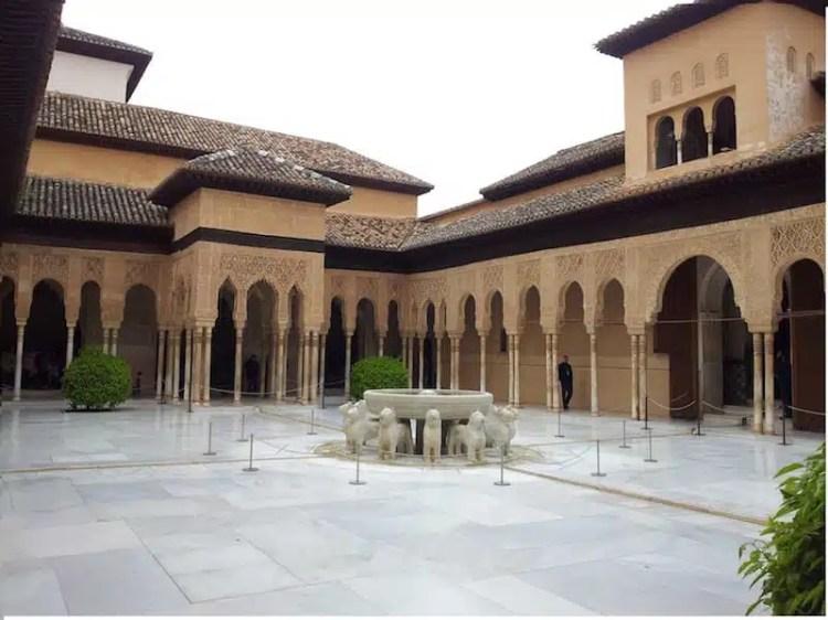 L'Alhambra, il palazzo più famoso di Granada