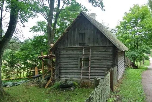 Estonia - le tipiche case in legno