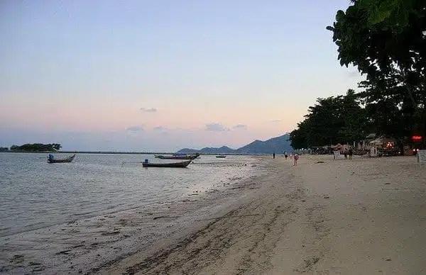 Chaweng Beach_Ko-Samui_Tammy Nicholson