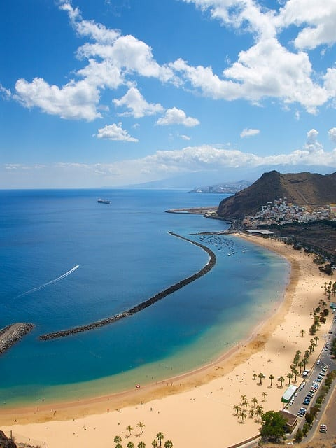 Playa de Las Teresitas by JGVphoto