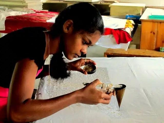 Lavorazione batik - Sri Lanka