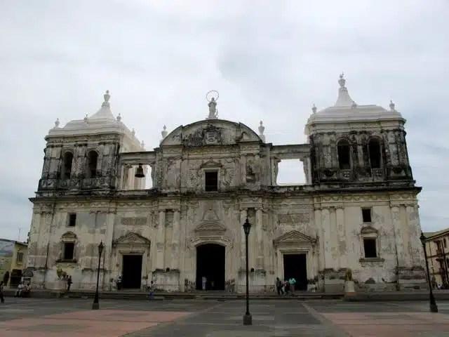 Cattedrale Santa María de Gracia - León, Nicaragua