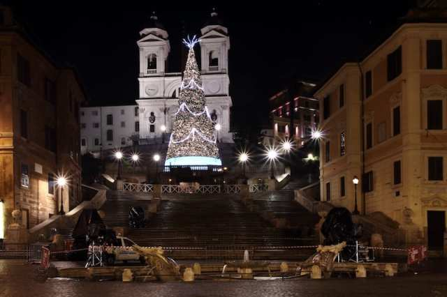 Piazza di Spagna_Roma_Bruno