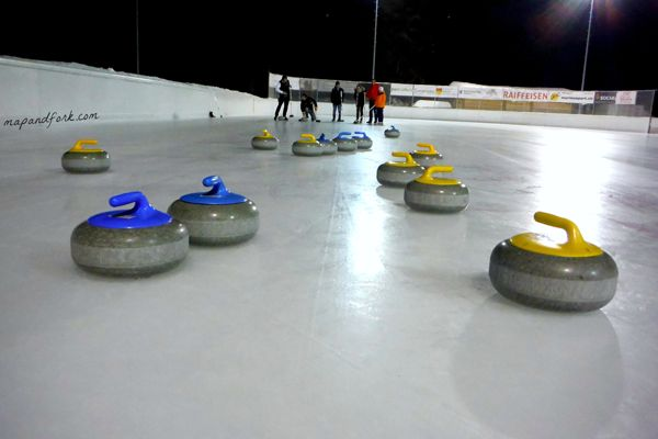 Moesano: Curling