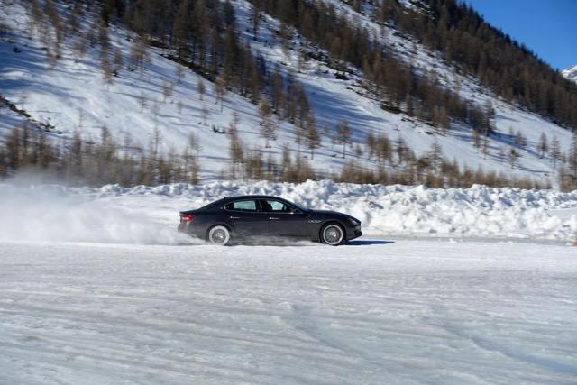 Su ghiaccio a Livigno con la Maserati Q4
