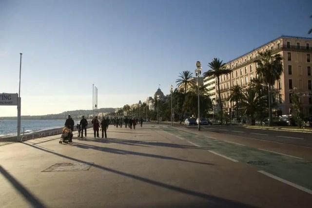 Nizza_Promenade Des Anglais (Flickr, Antonella Fava)