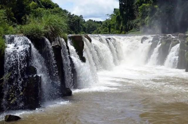 Pha Suam - Laos