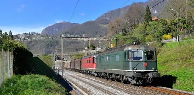bellinzona-treno
