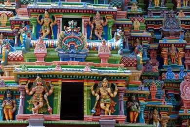 3 statue del gopura