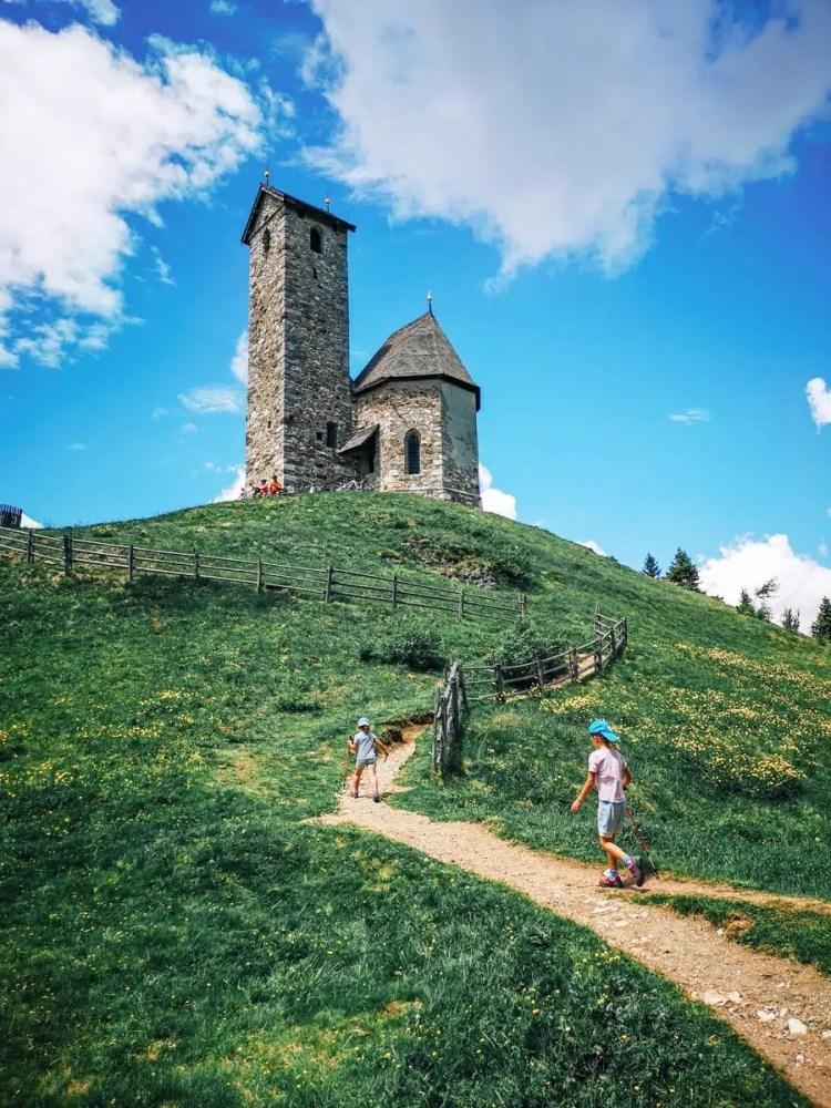 chiesa di san vigilio lana