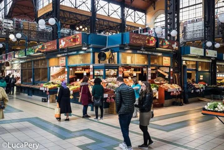 Il mercato di Nagy Vásárcsarnok.